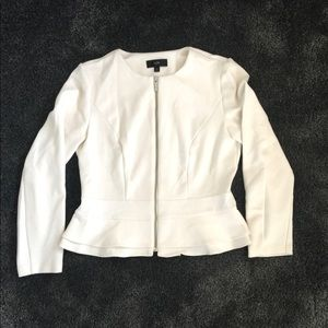 Fit and flare jacket/sweater